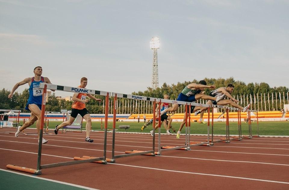 Две медали завоевали на юбилейном чемпионате России по легкой атлетике
