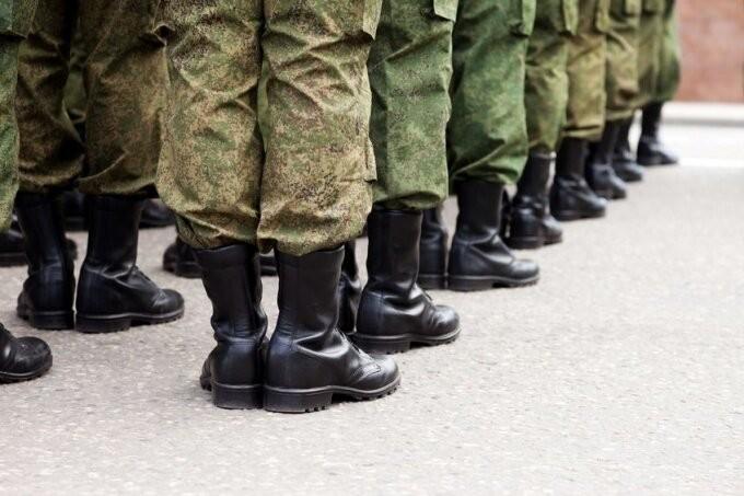 Сколько егорлыкских новобранцев уйдут служить в армию в осенний призыв?