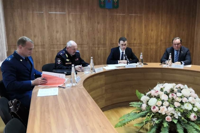 В Сальске прошло межведомственное совещание о мерах по предотвращению конфликтов в сфере сельскохозяйственной деятельности