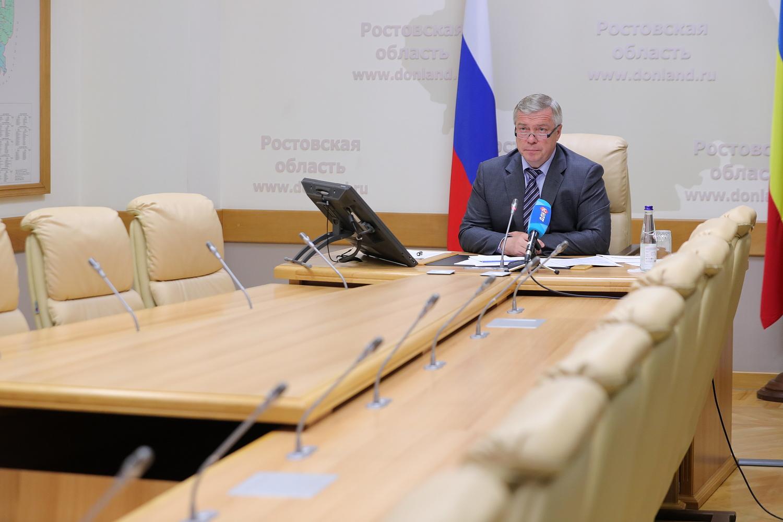 Василий Голубев: «Необходимо строгое выполнение действующих противоэпидемических мер, чтобы не пришлось их ужесточать»