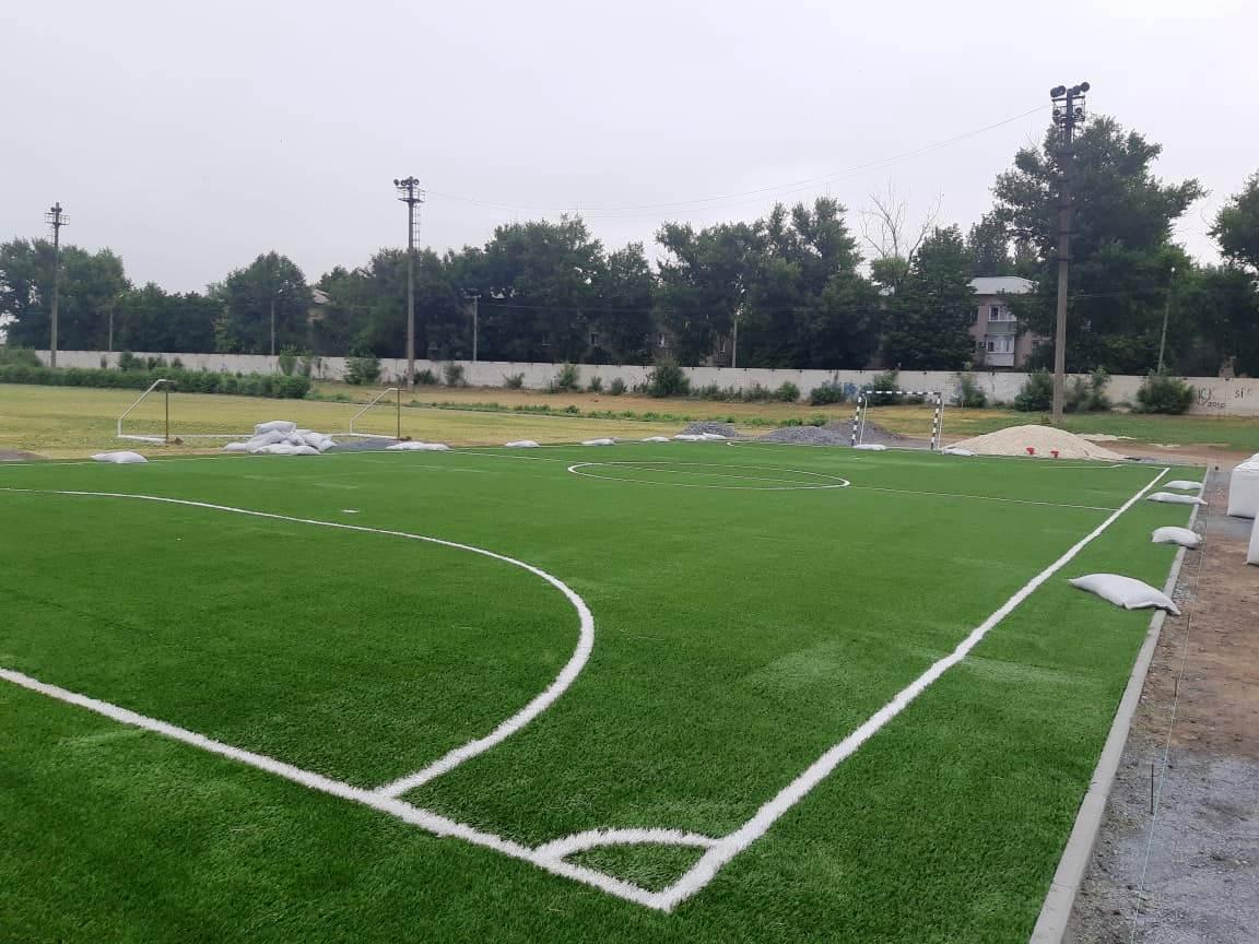 В Новочеркасске завершается обустройство спортплощадки при школе олимпийского резерва