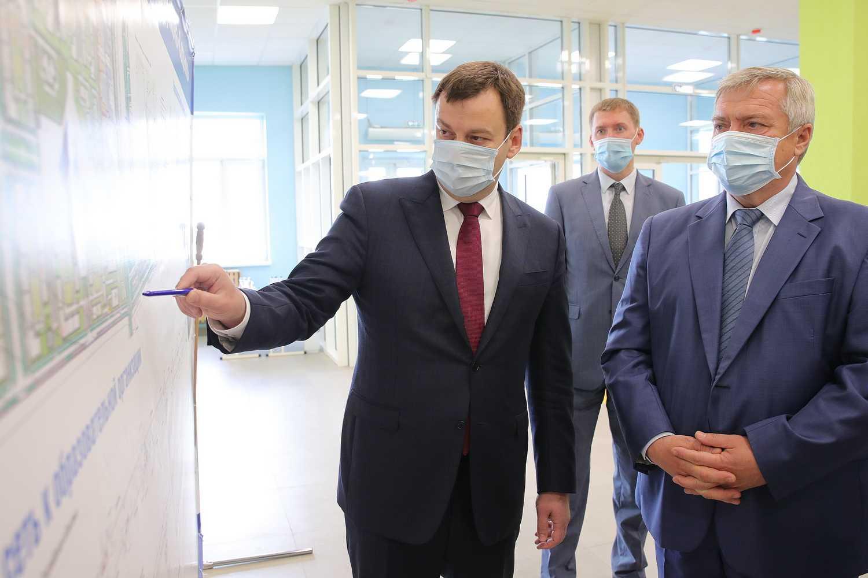 Василий Голубев: «К новой школе в Таганроге должна быть построена дорога»