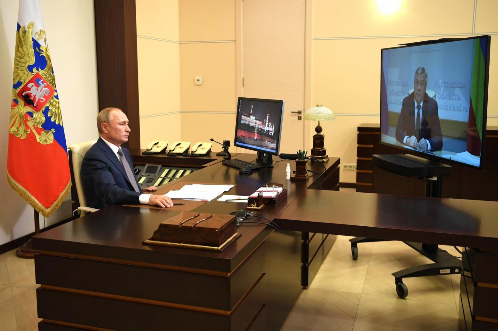 Василий Голубев предложил президенту России отметить наградами донских тружеников