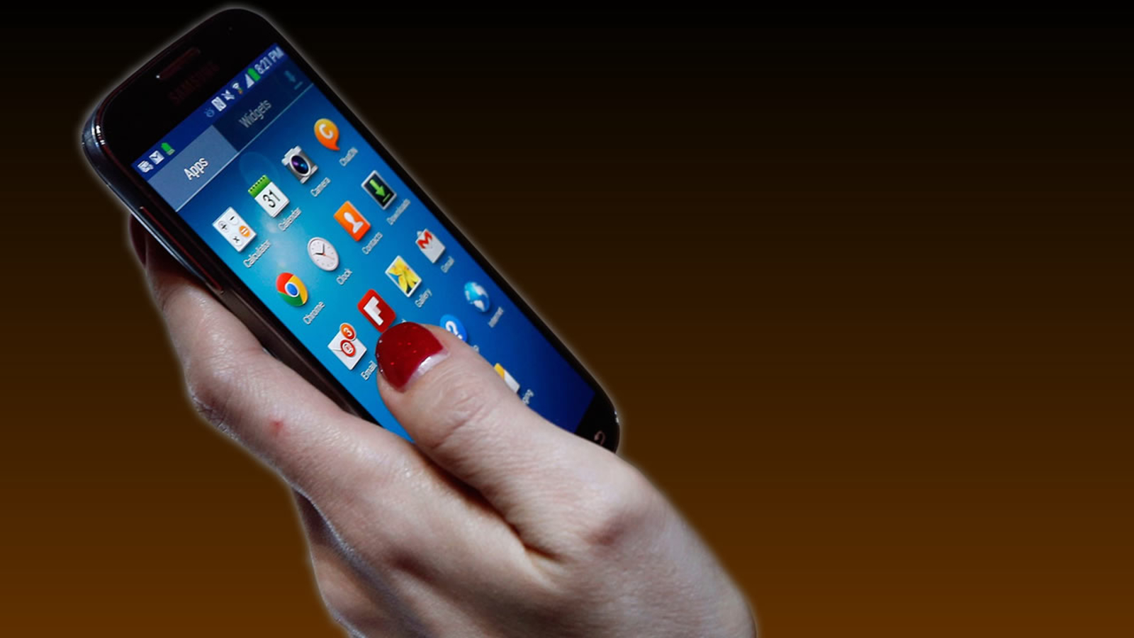 Как пользователи сокращают срок работы смартфона
