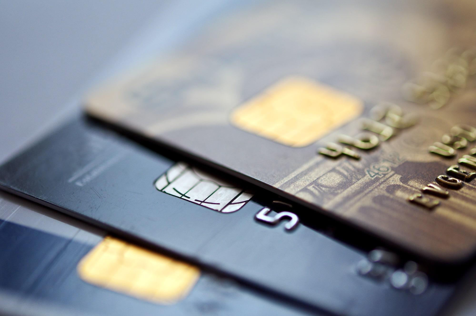 Выдача кредиток в ноябре на Дону сократилась на 15%