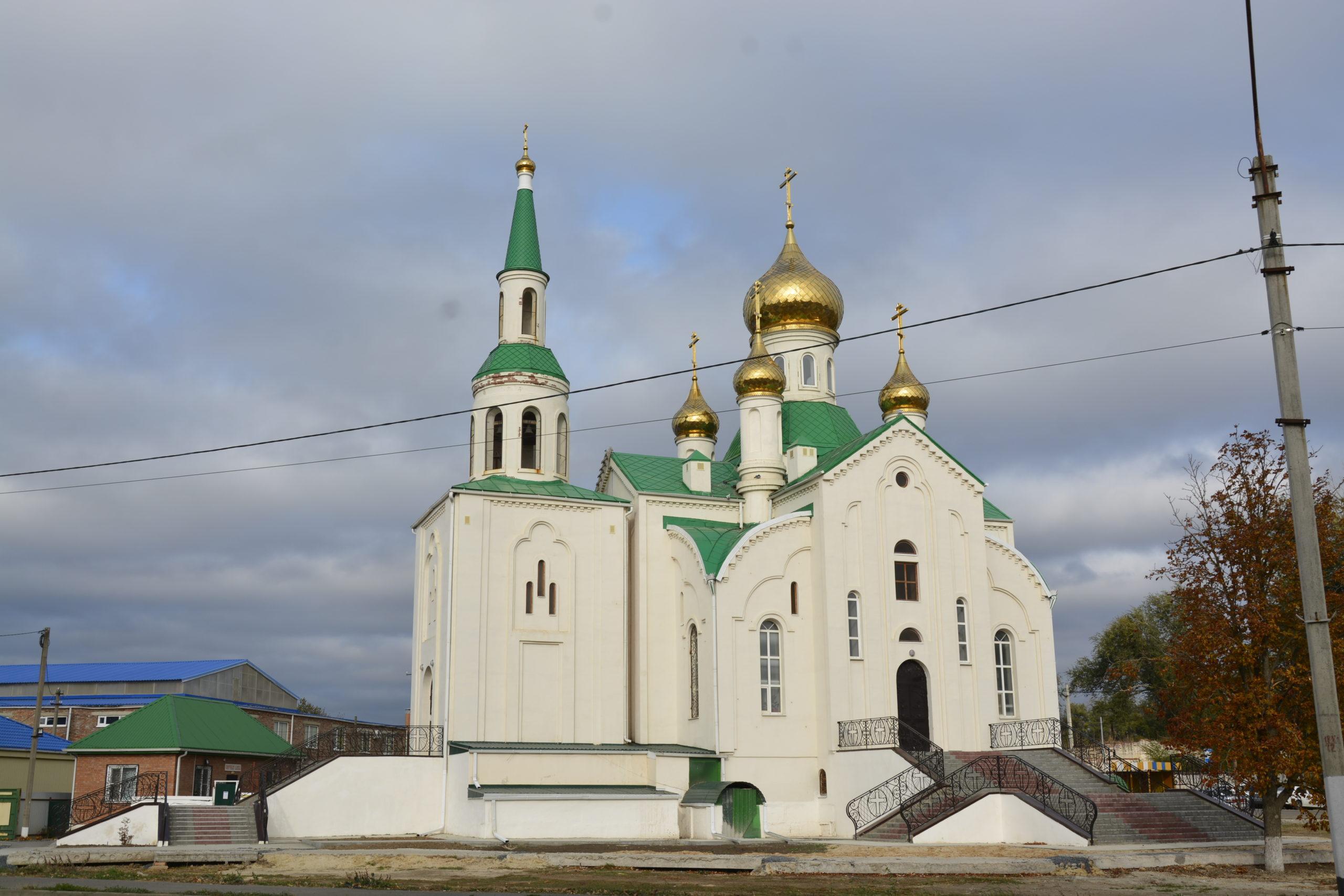 Как пройдут службы в Егорлыкском Храме по усопшим