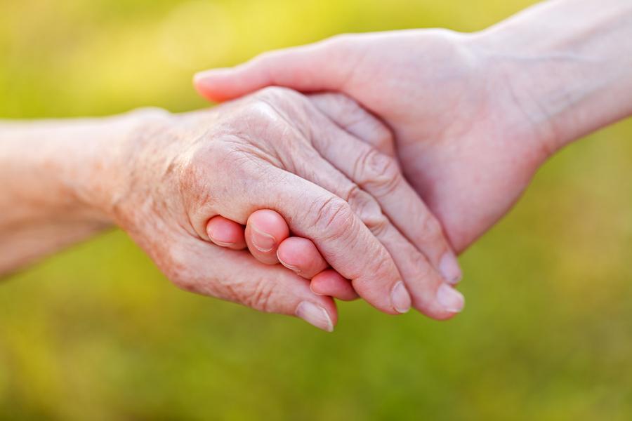 О выплатах за приемную семью за пожилых людей для егорлычан