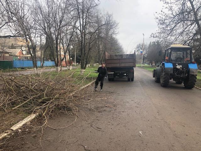 В Егорлыкском районе субботник состоялся