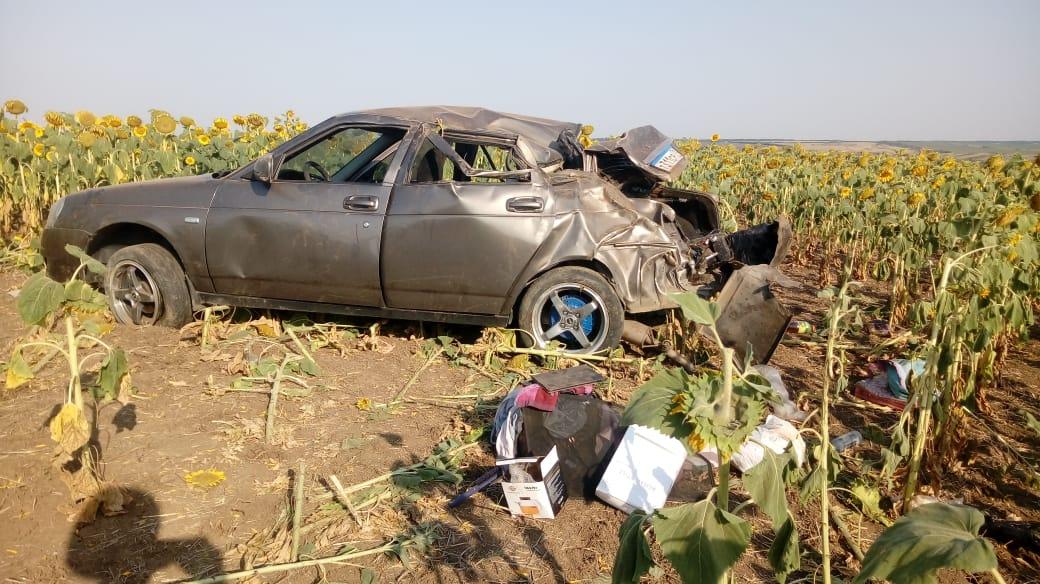 Двое взрослых и двое детей пострадали в ДТП в Ростовской области